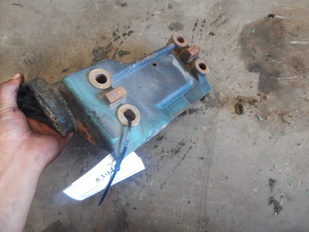 Engine Mounts for  VOLVO for sale-59217436