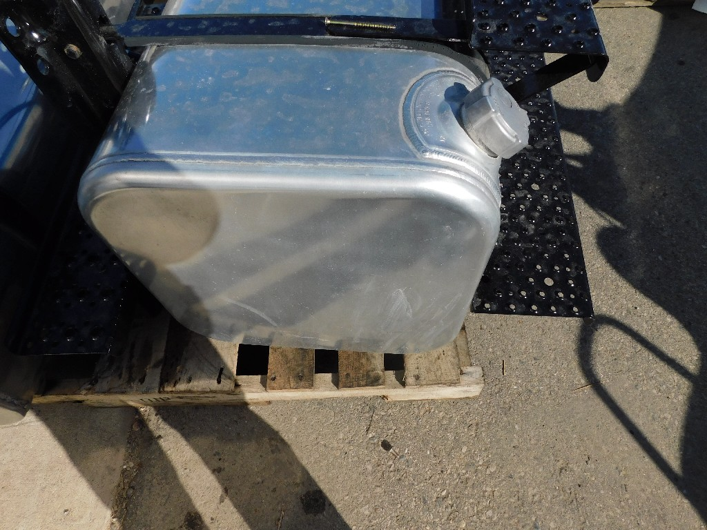 Fuel Tank for 2005 FREIGHTLINER M2-106 for sale-59217366