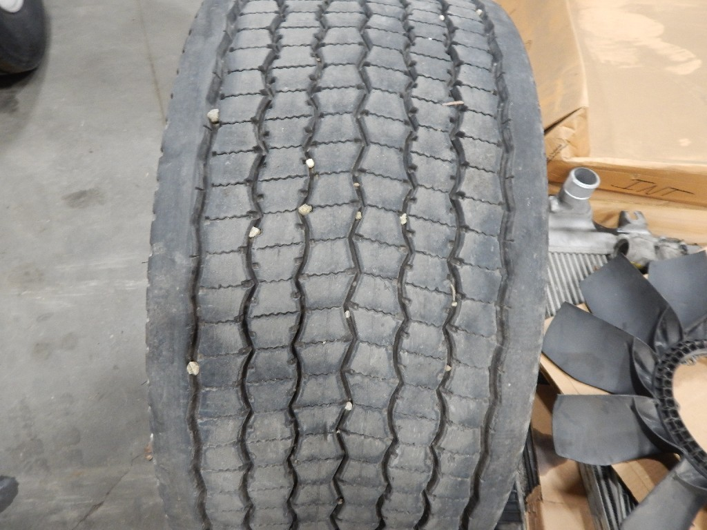 Tire and Rim for 2012 INTERNATIONAL PROSTAR for sale-58712511