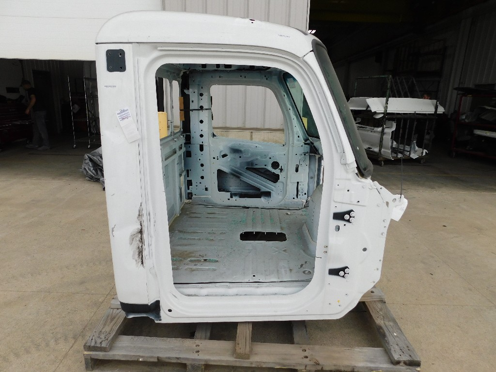 Day cab Cab for 2018 PETERBILT 579 for sale-59217763
