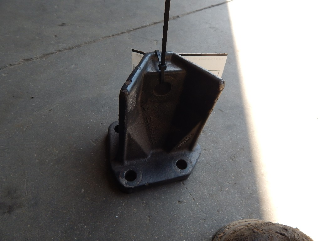 Used Engine Mounts for  INTERNATIONAL 4300 for sale-59335372