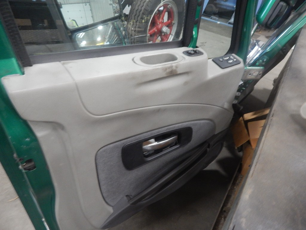 Used Door Assembly for 2013 INTERNATIONAL PROSTAR for sale-59335445