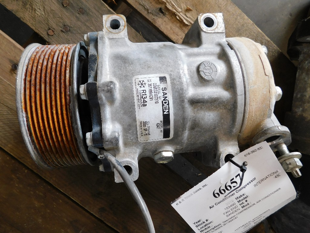 Used Air Conditioner Compressor for 2013 INTERNATIONAL 4300 for sale-59335455