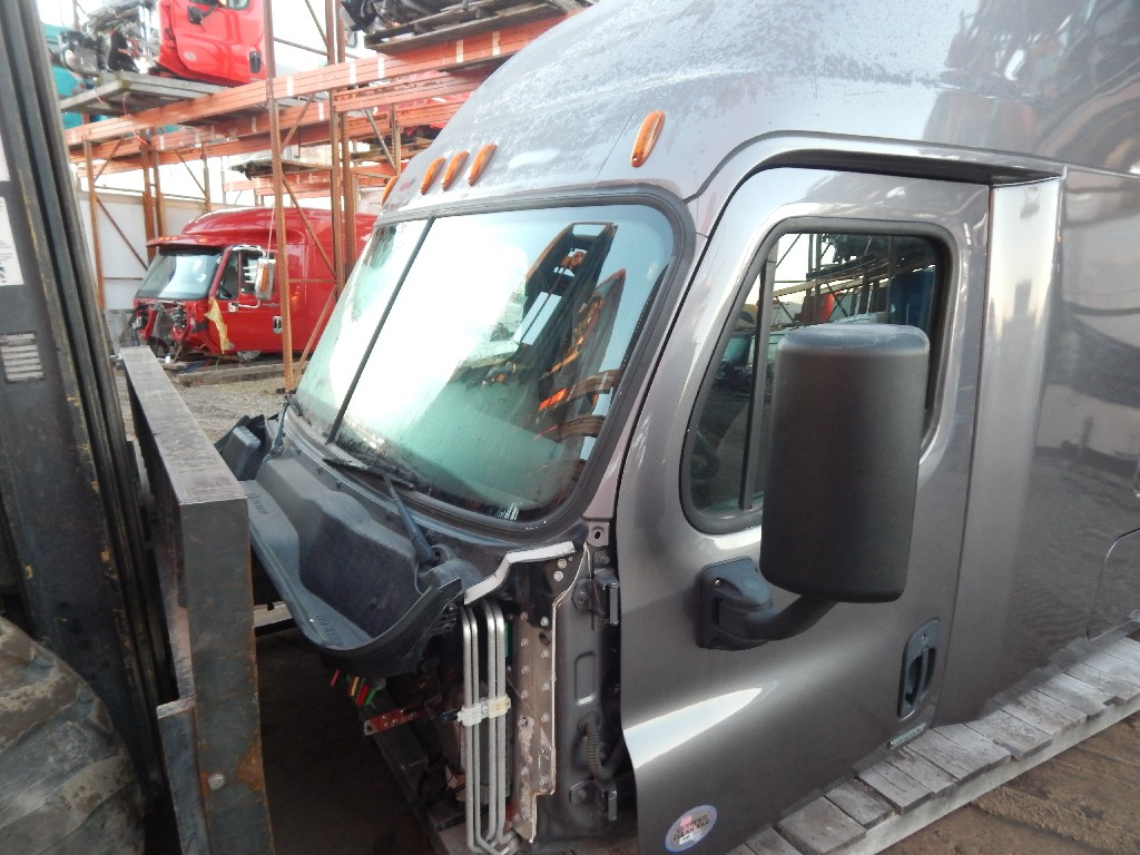 Cab for 2016 FREIGHTLINER CASCADIA for sale-59217867