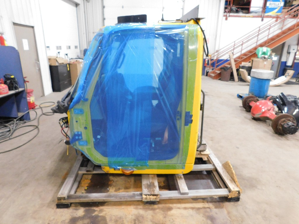 Cab for 2012 INTERNATIONAL 8600 for sale-59217485