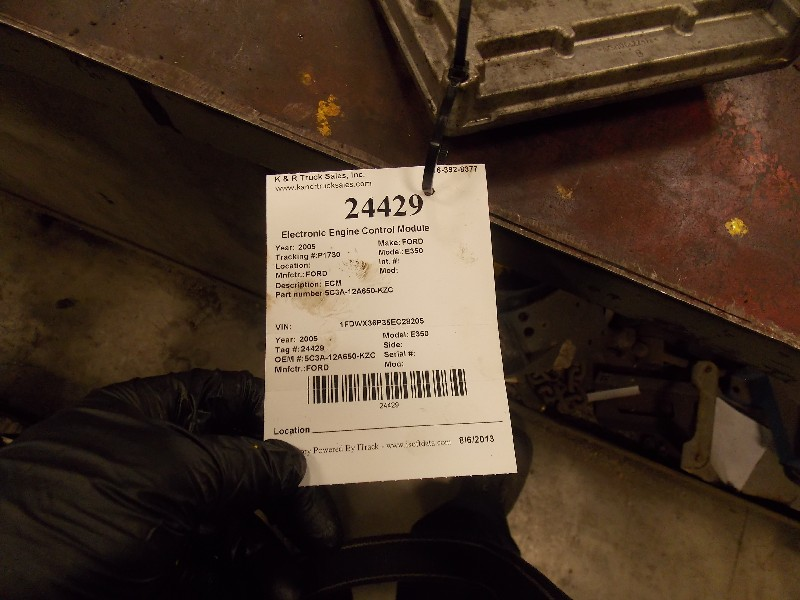 Engine Control Module (ECM) for 2005 Ford E350 for sale-59070398