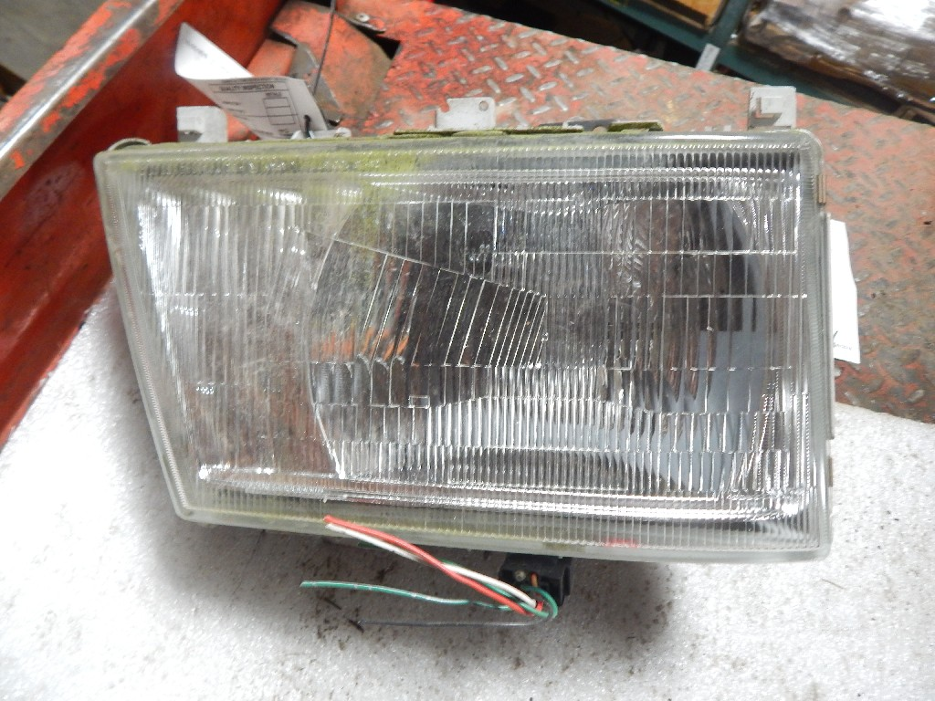 Used Headlamp Assembly for 2007 Mitsubishi-Fuso FE for sale-59335517