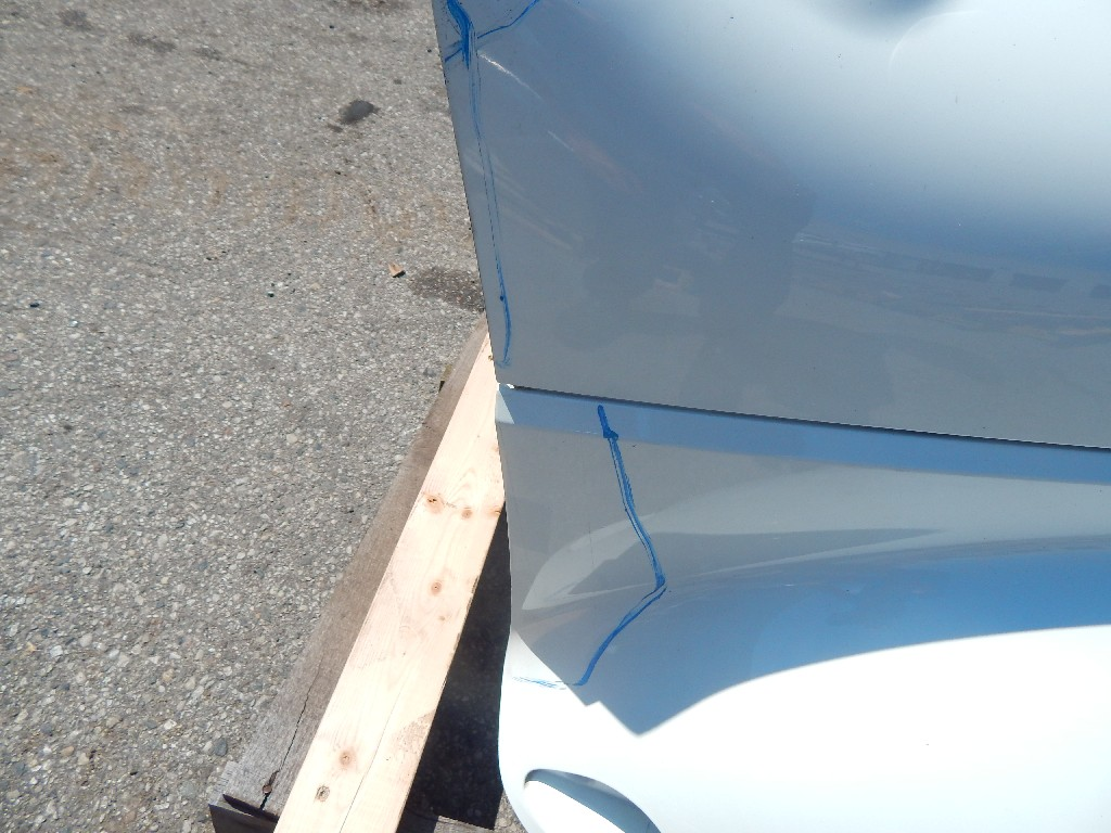 Used Hood for  INTERNATIONAL 4300 for sale-59335927