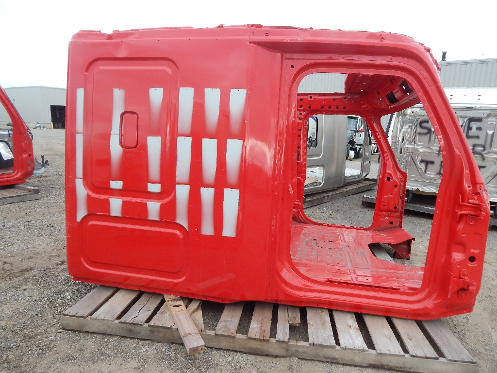 Used Cab for  FREIGHTLINER CASCADIA for sale-59336009