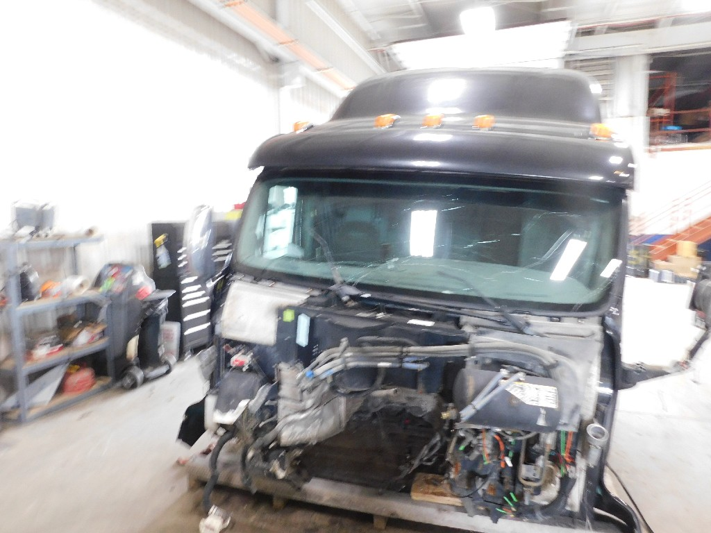Used Cab for 2009 PETERBILT 387 for sale-59336006