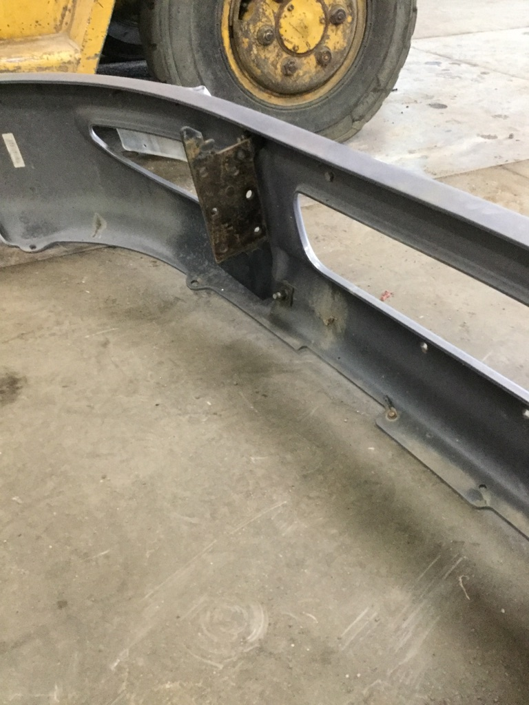 Used Bumper Assembly for 2002 INTERNATIONAL 4300 for sale-59336020