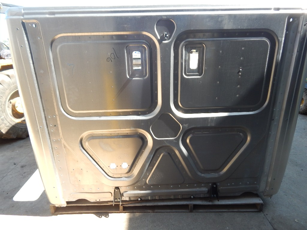 Used Cab for  FREIGHTLINER CASCADIA for sale-59335957