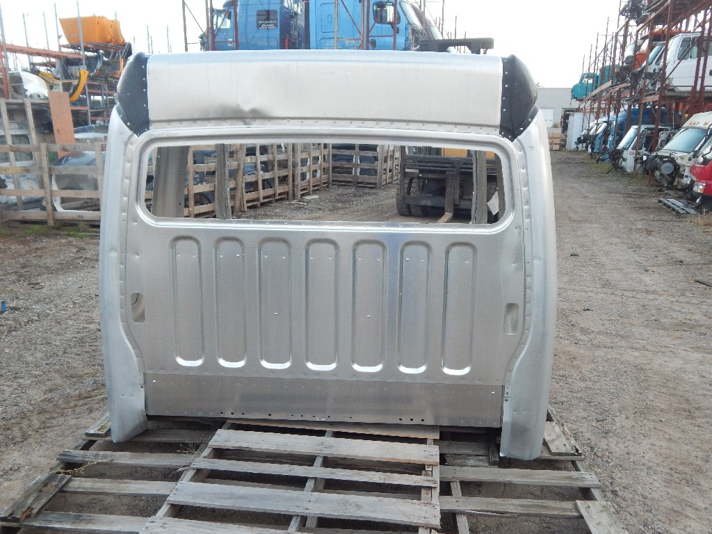 Used Cab for  FREIGHTLINER for sale-59335958