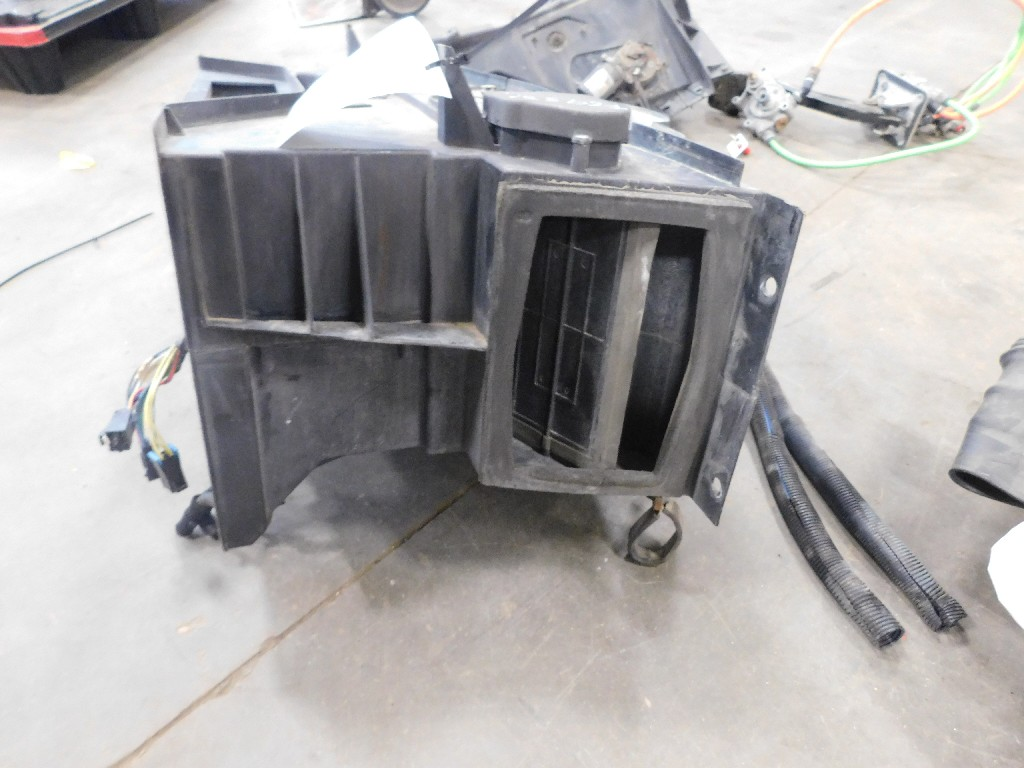 Used Heater Assembly for  PETERBILT 587 for sale-59335949