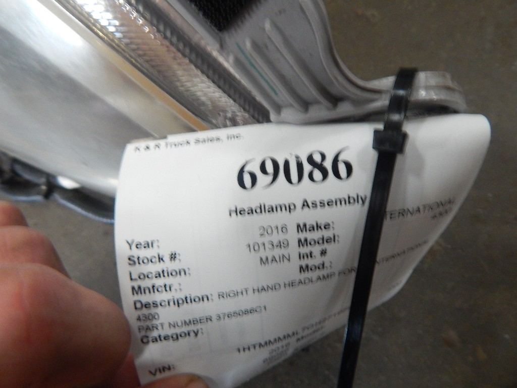 Used Headlamp Assembly for 2016 INTERNATIONAL 4300 for sale-59335901