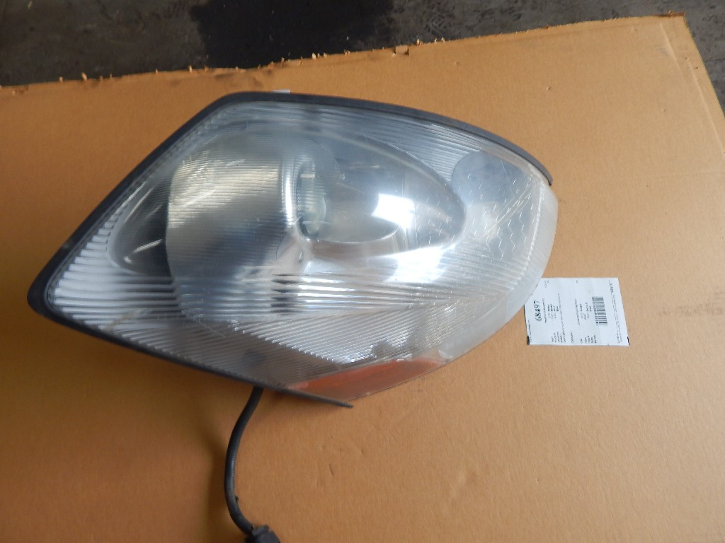 Used Headlamp Assembly for 2015 VOLVO VN for sale-59335807