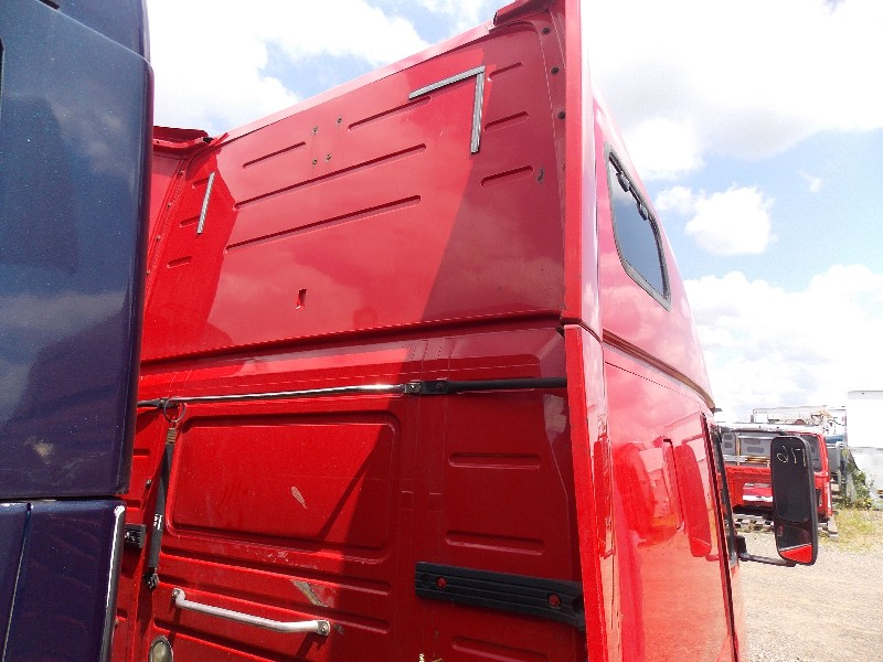 Cab for 2002 VOLVO VNL670 for sale-59052666