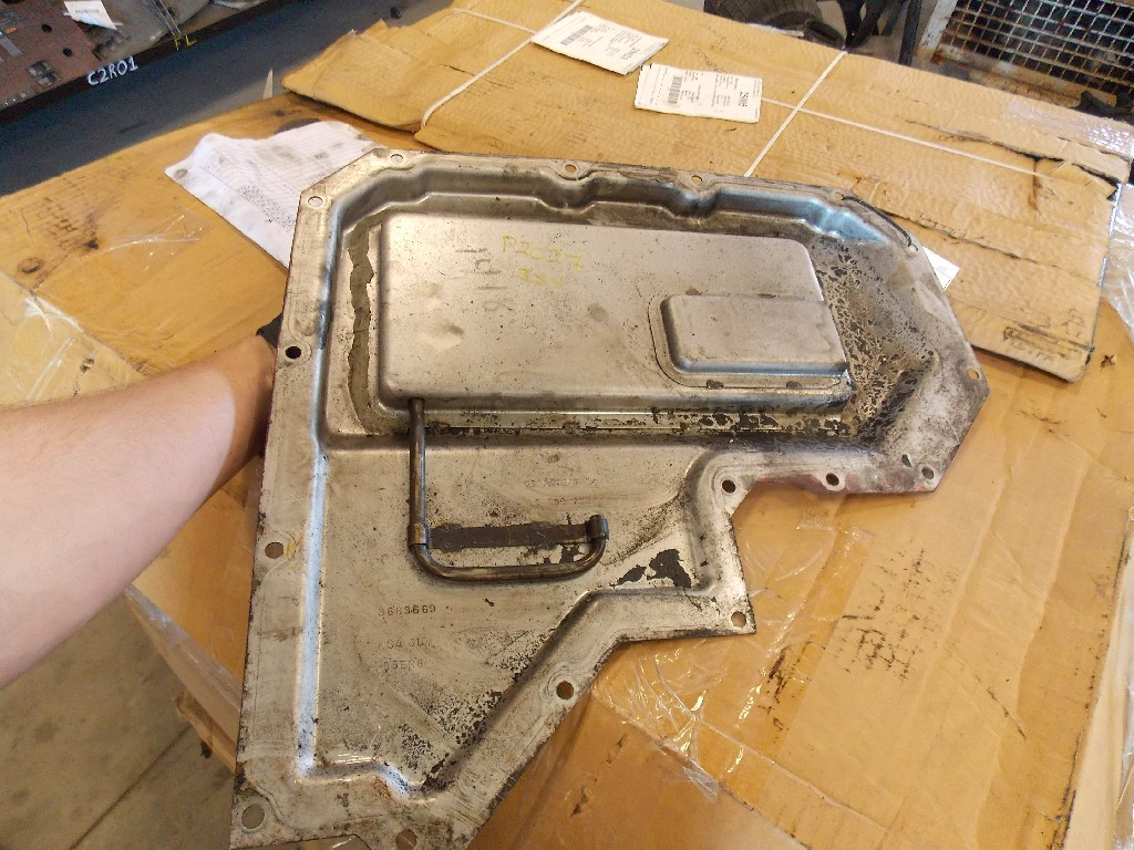 Engine Timing Cover for 2005 VOLVO VNL770 for sale-59052681