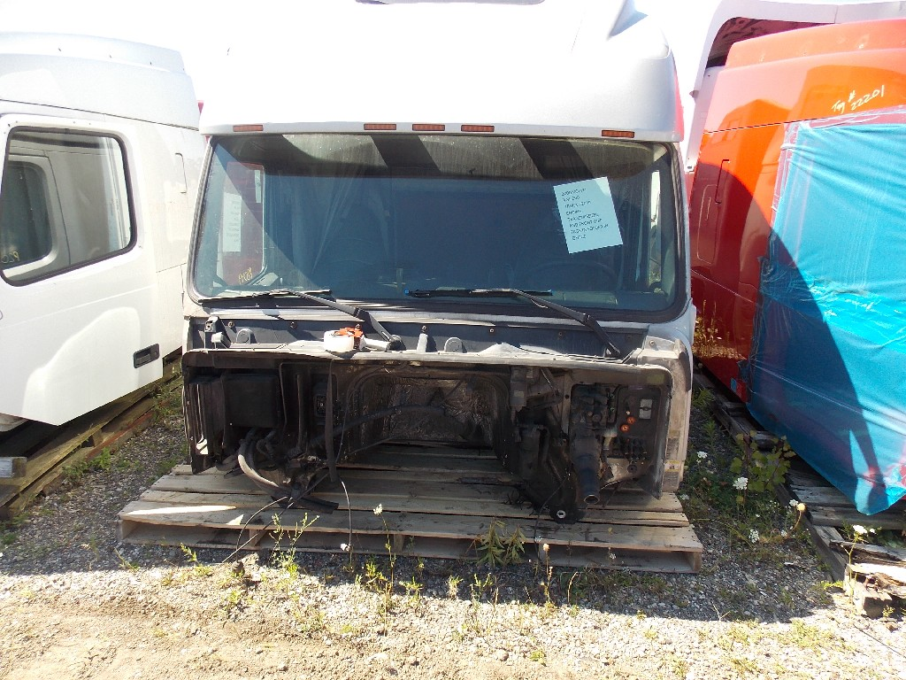 Cab for 2000 VOLVO VNL200 for sale-59070450
