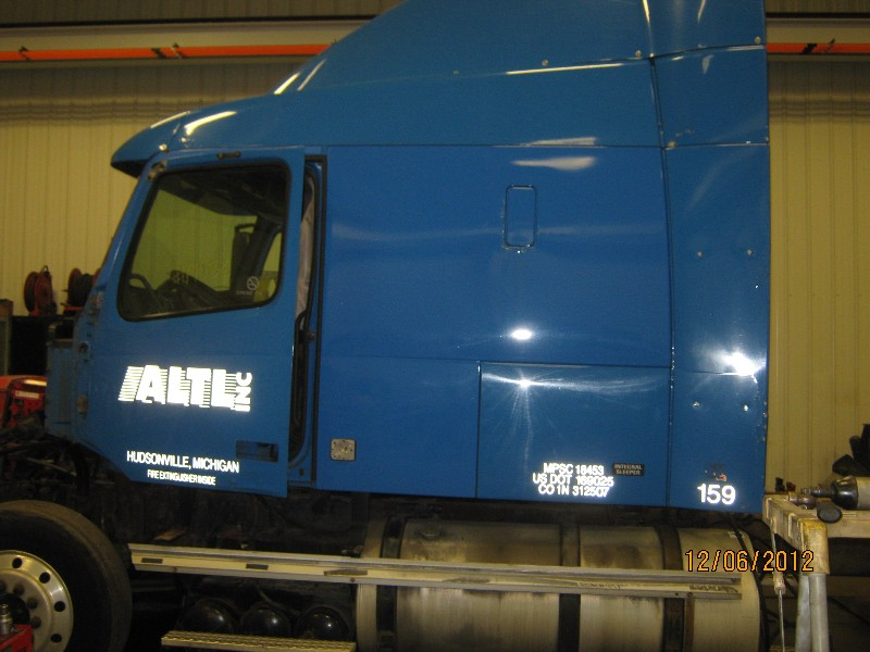 Fuel Tank for 2001 VOLVO VNL200 for sale-59079809
