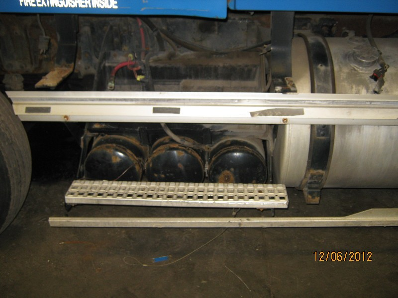Fuel Tank for 2001 VOLVO VNL200 for sale-59052110