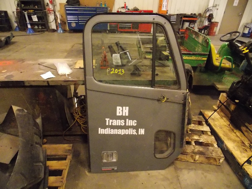 Door Assembly for 2006 FREIGHTLINER COLUMBIA for sale-59052986