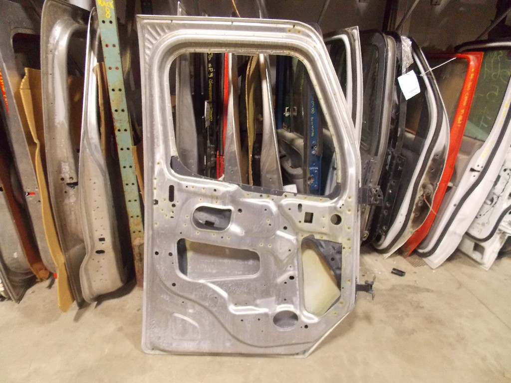 Door Assembly for  FREIGHTLINER M2-112 for sale-59080912