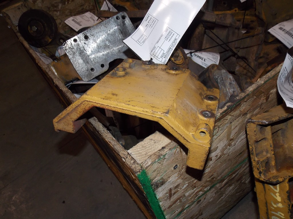 Engine Mounts for  Caterpillar for sale-59081054