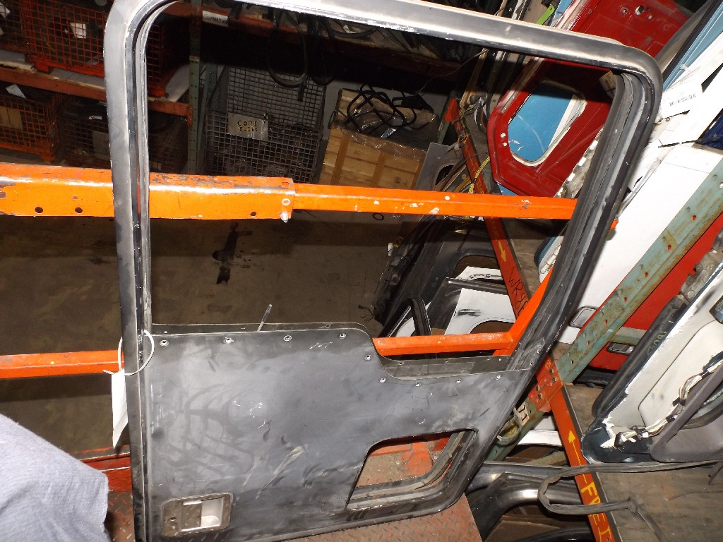 Door Assembly for  KENWORTH for sale-59079974