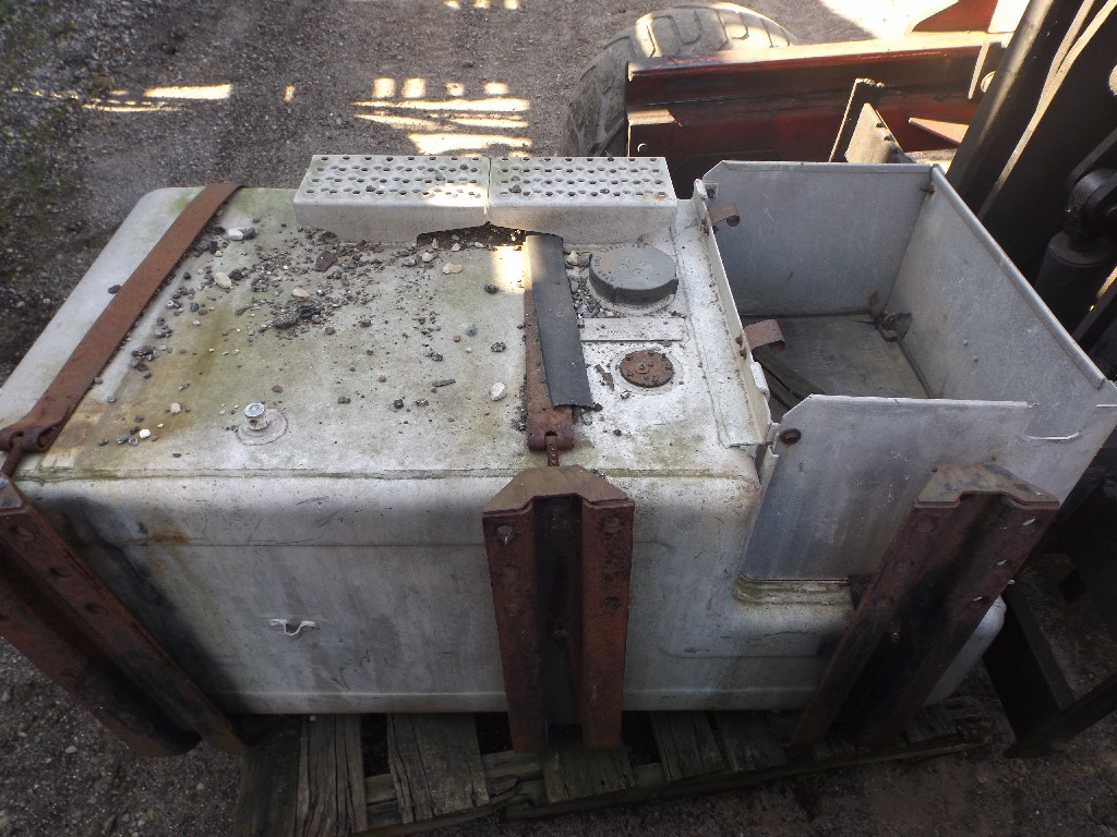 Fuel Tank for 2002 WESTERN STAR 4964SX for sale-59079624