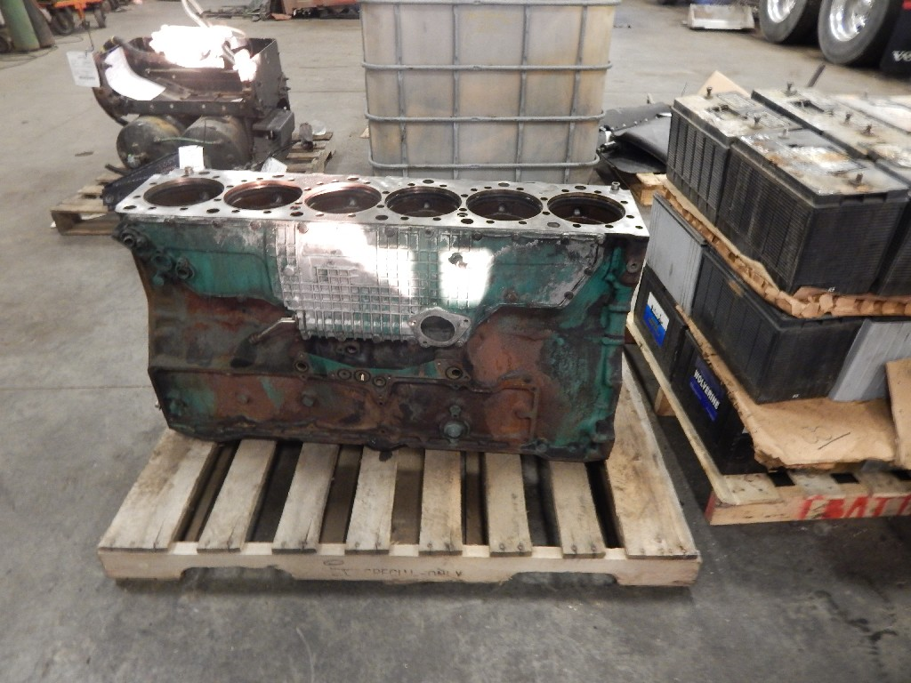 Engine Block for  VOLVO for sale-59081367