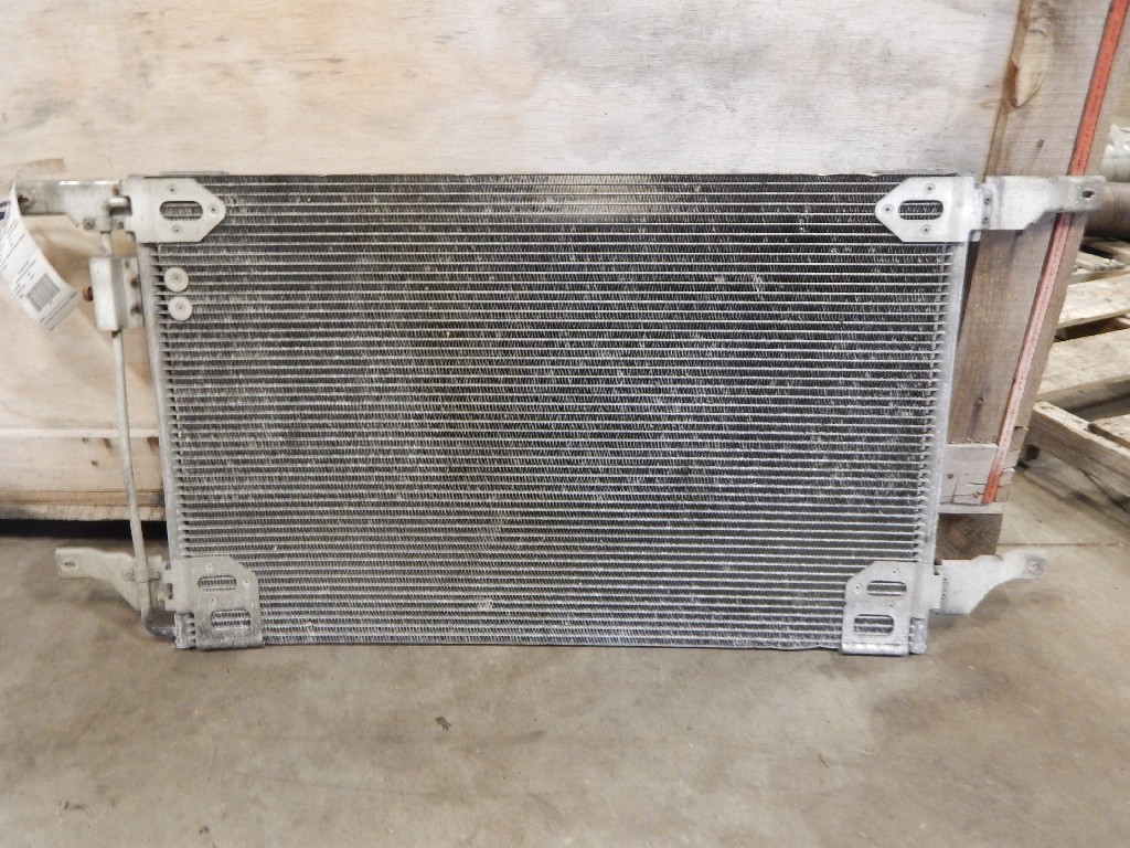 Air Conditioner Condenser for 2002 FREIGHTLINER CST120 CENTURY for sale-59215684