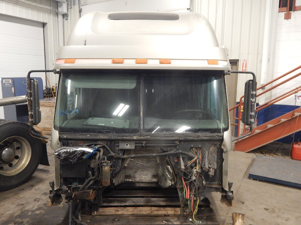 Cab for 2000 FREIGHTLINER CST120 CENTURY for sale-59215699