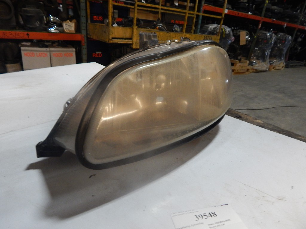 Headlamp Assembly for  FREIGHTLINER M2-106 for sale-59215727