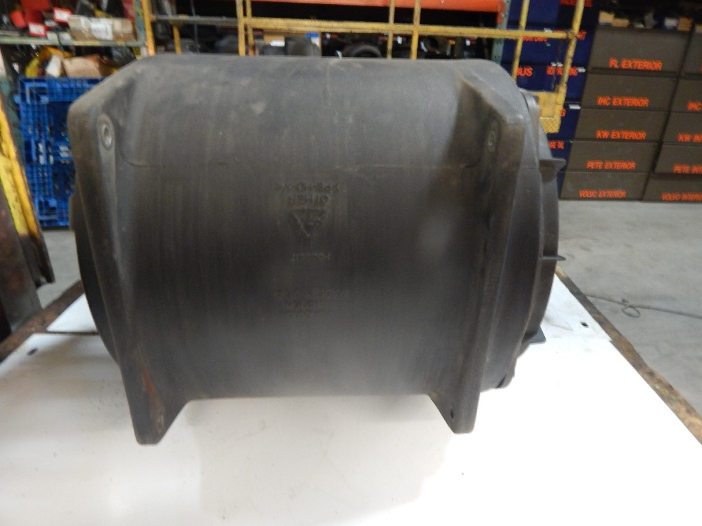 Air Cleaner for 2001 VOLVO VNL670 for sale-59052410