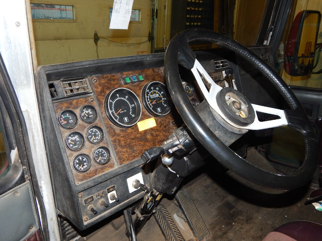Cab for 1995 KENWORTH T600 for sale-59215743