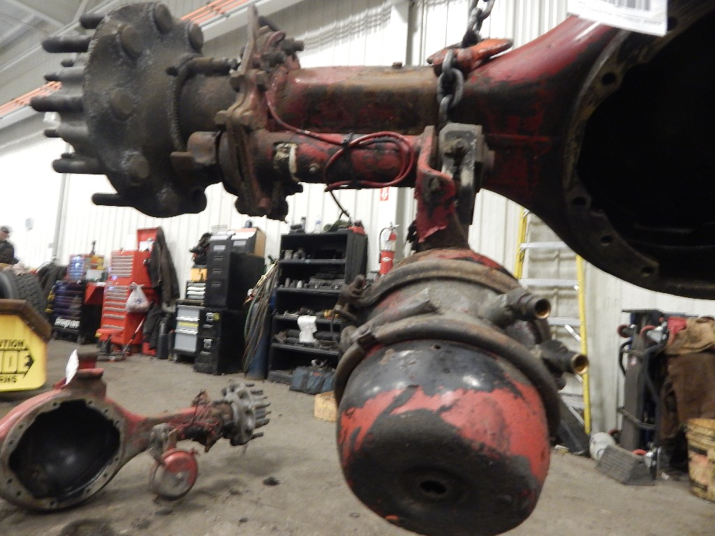 Axle Assembly for 2005 VOLVO VN for sale-59215759
