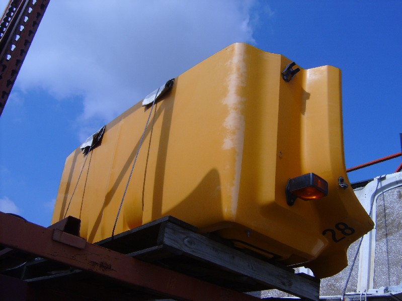 Used Hood for  GMC 6500 for sale-59069569