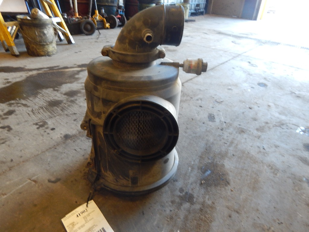 Air Cleaner for 1999 INTERNATIONAL 4700 for sale-59215926
