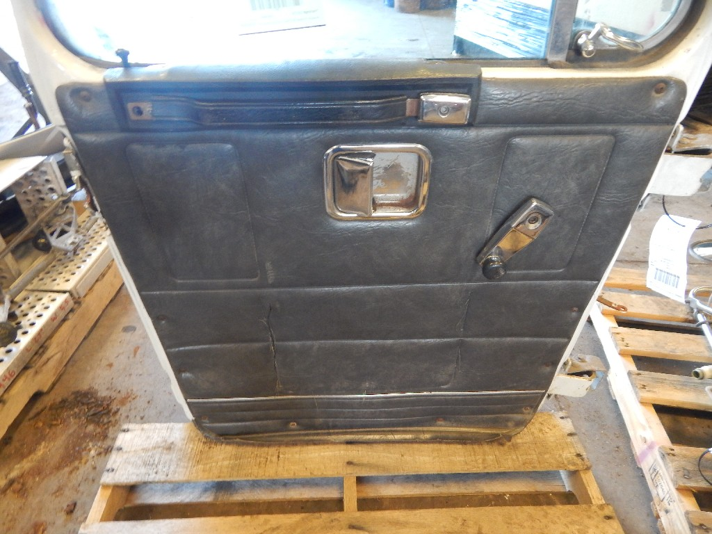 Door Assembly for 1994 GMC HEAVY WCA for sale-59215942