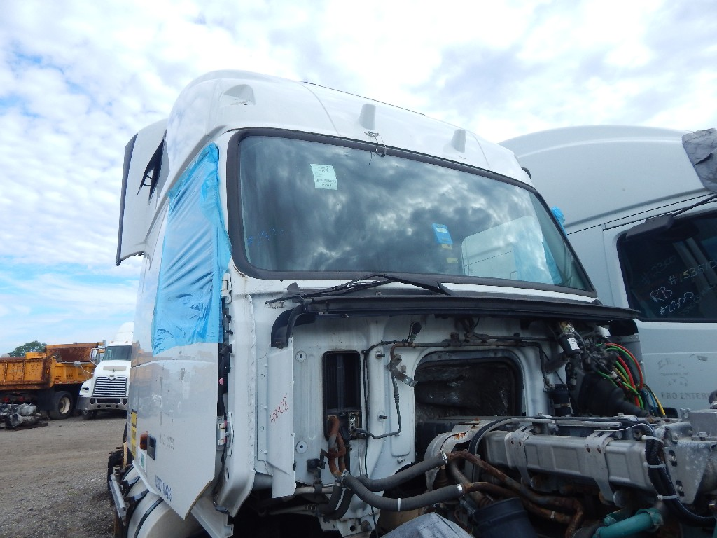 Cab for 2006 VOLVO VNL670 for sale-59083566