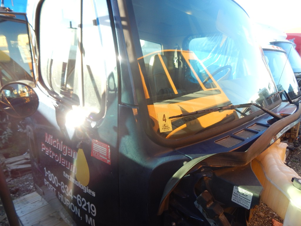 Cab for 2011 FREIGHTLINER M2-106 for sale-58694481