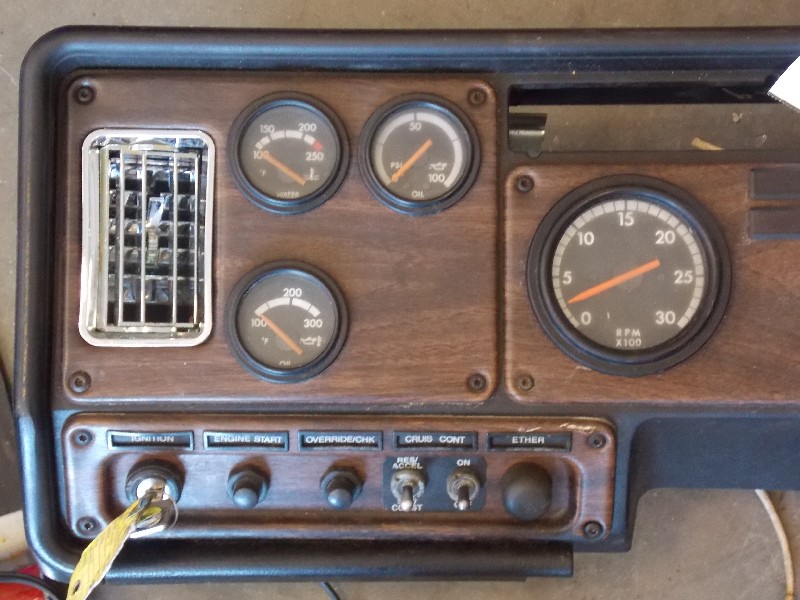 Dash Panel for 1997 FREIGHTLINER FLD 120 for sale-59070296