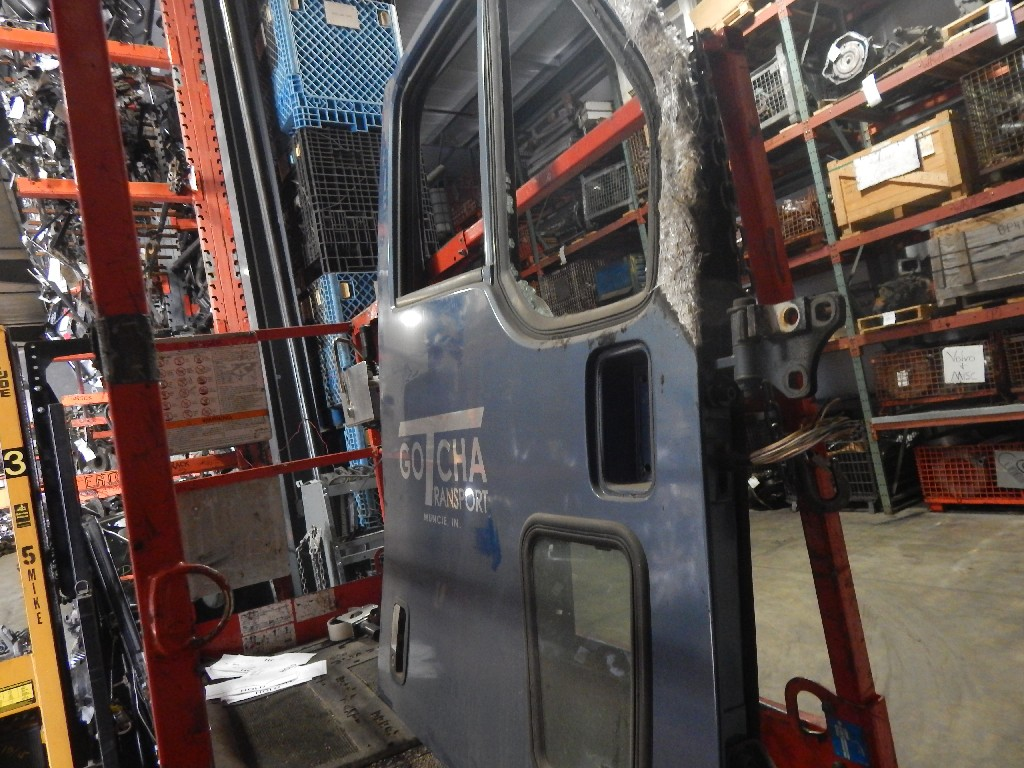 Door Assembly for 1997 KENWORTH T2000 for sale-59070042