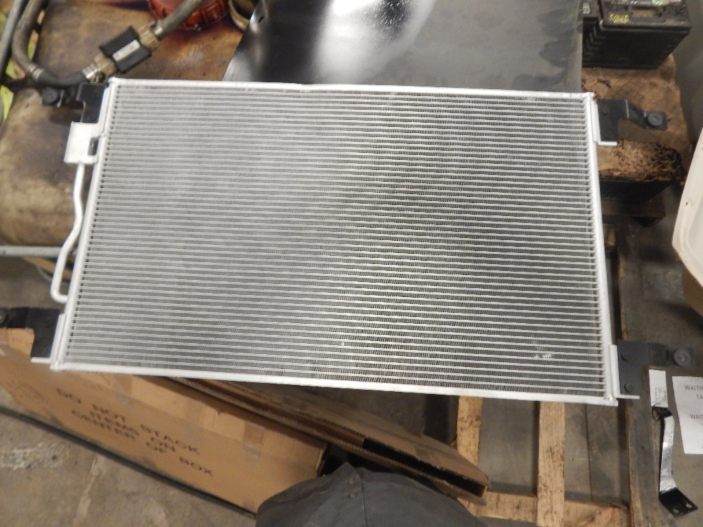 Air Conditioner Condenser for  FREIGHTLINER CST120 CENTURY for sale-59216862