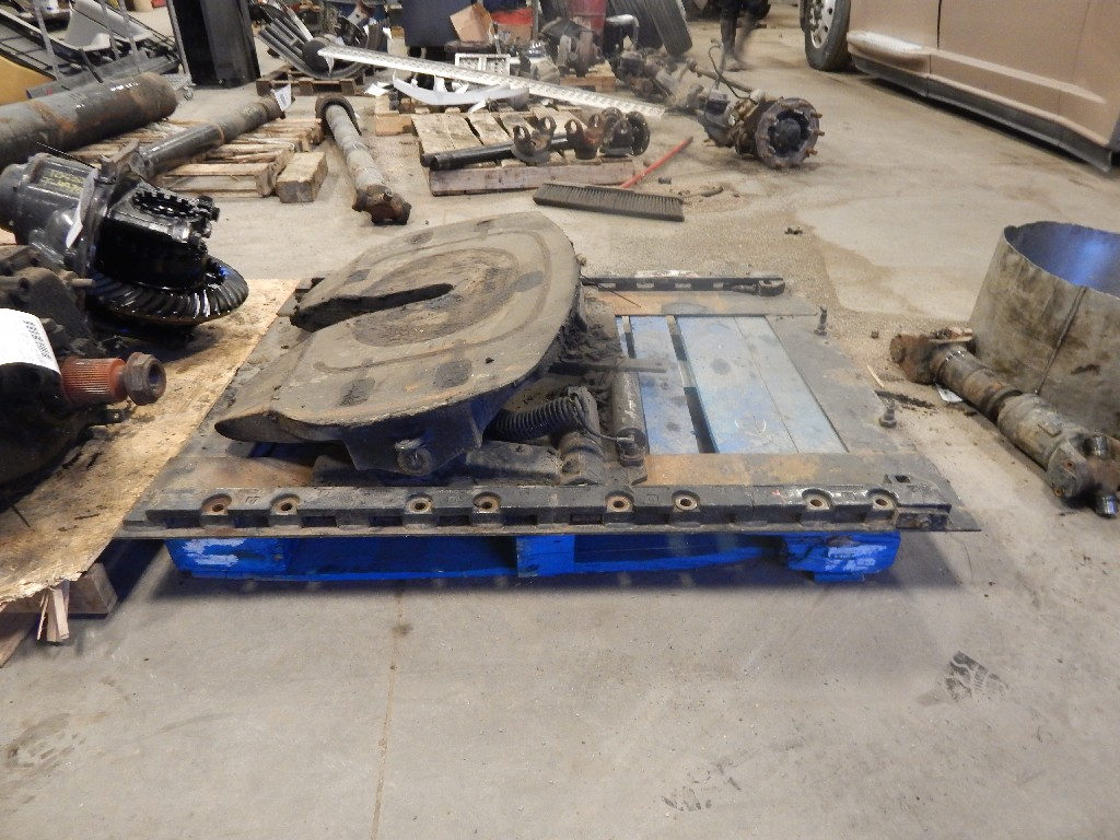 Fifth Wheel for 2007 FREIGHTLINER COLUMBIA for sale-58700101