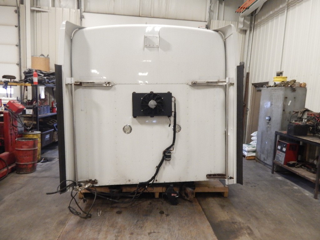 Cab for 2006 KENWORTH T600 for sale-59083189