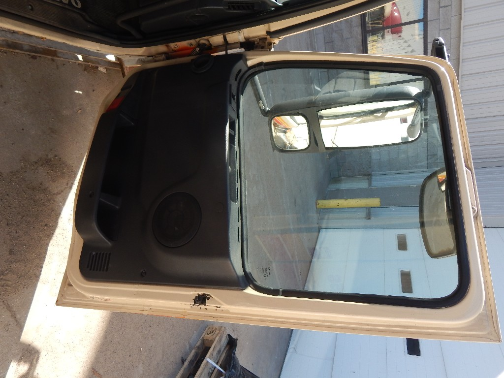 Door Assembly for 1998 VOLVO VN for sale-59216991