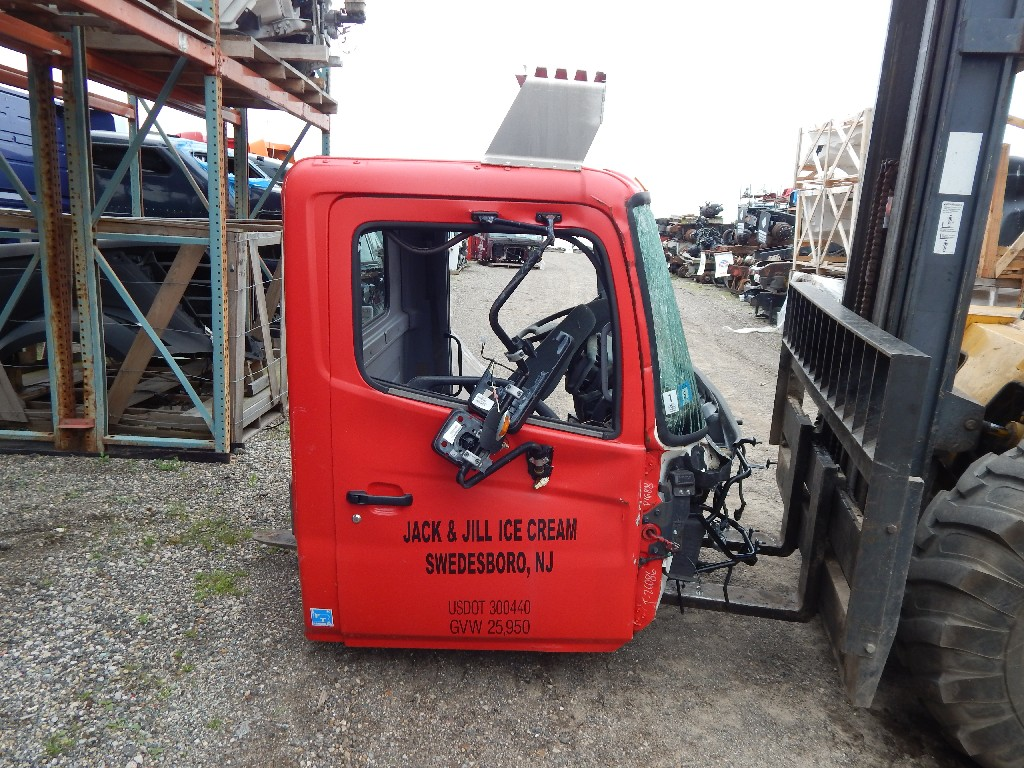 Cab for 2010 HINO FE for sale-59070527