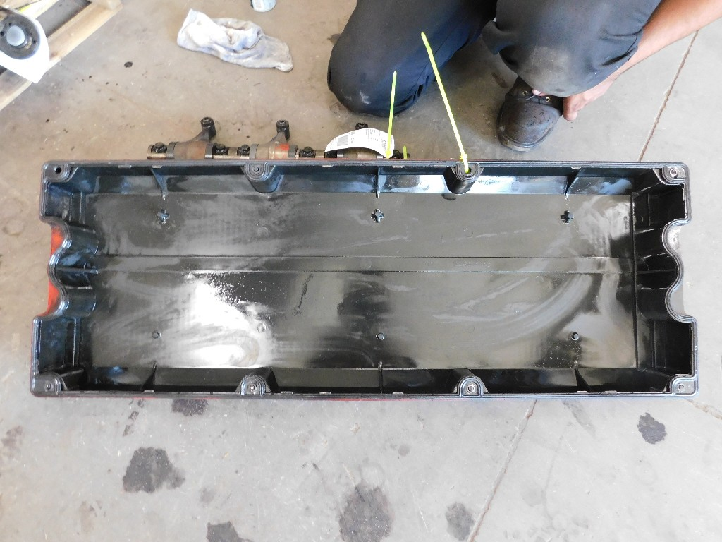Engine Valve Cover for for sale-59217307